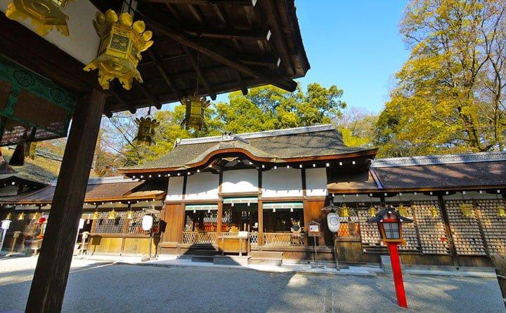 美の神様・河合神社